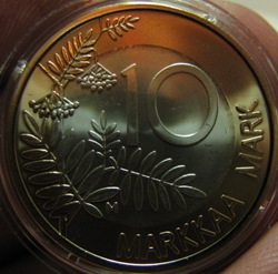 Finland 10 Markkaa 1999 KM-91a ( 0 ) in capsule. Gold and Silver Finnish presidency of the EU