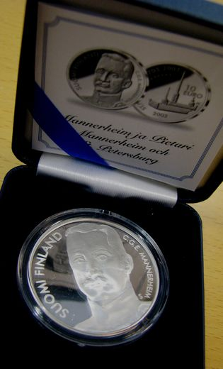 10 euro 2003  Mannerheim and St. Petersburg ( PROOF ) Original box and certificat